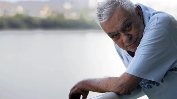 Chico Anysio em 2009, depois de entrevista em seu apartamento na Barra da Tijuca, Zona Oeste do Rio (Foto: Aline Massuca/AE)